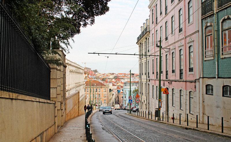 1.1lisbon-streetLSB-F3