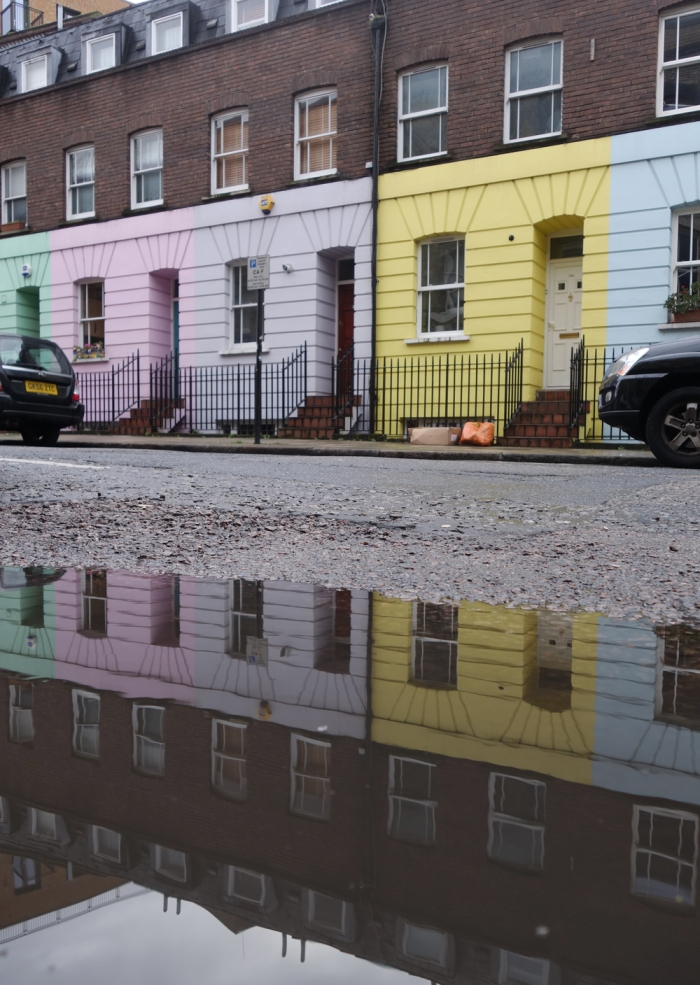 colorful-houses-london-puddlegram