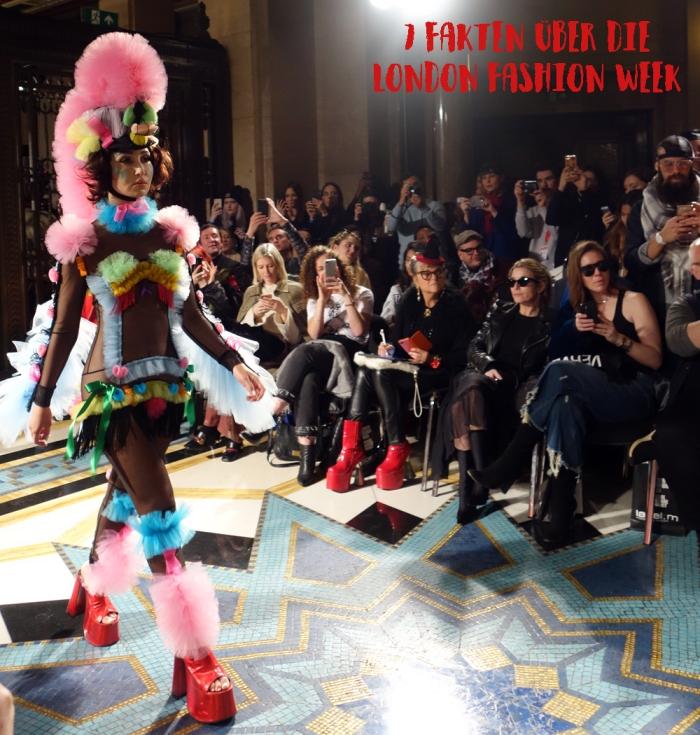 vickie-goes-london-fashion-week-aw-2018
